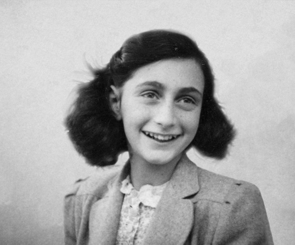 THE DIARY OF ANNE FRANK : AN EMOTIONALLY ENRICHING LITERARY WORK, WITH HISTORICAL RELEVANCE