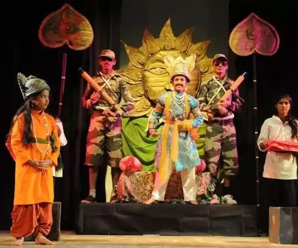 IMPORTANCE OF TEACHING DRAMA TO PRIMARY STUDENTS: ENCOURAGE CREATIVITY IN CHILDREN